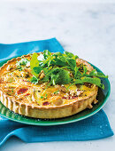 Pear, brie and thyme quiche