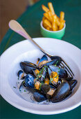 Moules mariniere and pomme frites