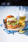 Extra-juicy cheeseburger