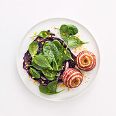 Fried honey red cabbage with apples and spinach