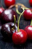 Cherries (close-up)