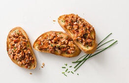 Crostini with tafelspitz (boiled beef) salsa