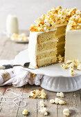 Popcorn cake with salted caramel sauce