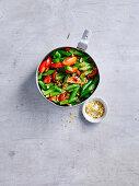 Salsa mit grünen Bohnen und Tomaten