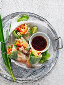 Rice paper salmon roll