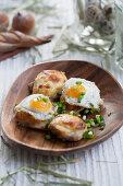 Gratinated pork tenderloin with fried quail eggs