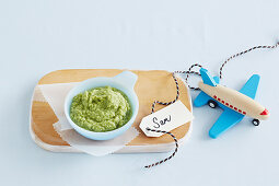 Tuna and Broccoli Puree for babies (6-9 Months)
