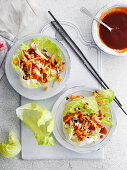 Lettuce wraps with sauce (China)