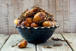 Fried potatoes with rosemary