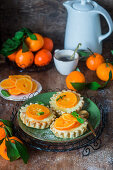Tangerine tartelets with cottage cheese