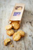 Anzac Biscuits (coconut and oatmeal cookies from Australia)