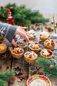 Christmas gingerbread cupcakes with mascarpone frosting and caramel
