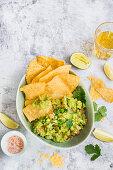 Guacamole with totopos