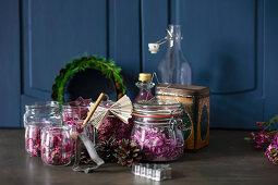 Dried flowers in jars as Christmas presents