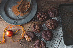 Gluten-free brookies with salted caramel