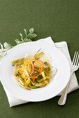 Artichoke salad with peppers and Jerusalem artichoke