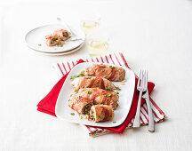 Turkey rolls with artichoke and marjoram filling