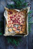 Lingonberry vanilla cake
