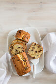 Ricotta cake with nougat pralines