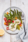 Green asparagus with burrata