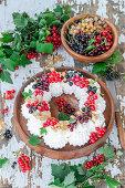 Curranyts meringue wreath