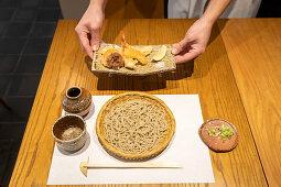 Soba noodles and prawn tempura