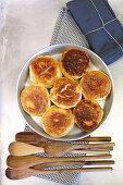 Eggless Dampfnudeln (steamed, sweet yeast dumplings)