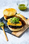 Barbecued aubergine burger with halloumi