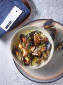 Mussel chowder with saffron