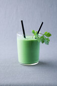 Banana and chervil smoothie