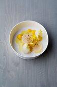 Scallop and cumin tataki with lemon and chicory
