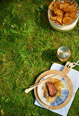 Simmental beef fillet with bread chips for a picnic