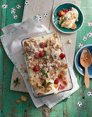 Summer crumble with nectarines