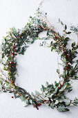 Decorative wintry wreath of leaves