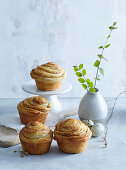 Yeast braided muffins with raisins