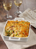 Pasta casserole with Brussels sprouts, bacon and crust crust