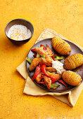 Hähnchen-Gyros mit Fächerkartoffeln und Joghurtdip