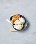 Apple pie ice-cream