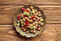 Kichererbsensalat mit Gurke und Tomate (Indien)