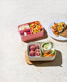 Tomato and bean salad with cottage cheese and crispbread, Bulgur beet balls with yoghurt and pesto dip