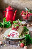 Strawberry meringue roll