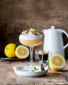 Lemon curd dessert