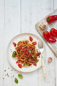 Courgette pasta with an apricot and pepper sauce