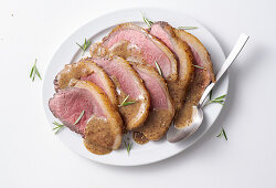 Glazed roasted veal with beer and honey-mustard