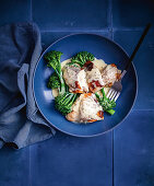 Chicken with creamy tarragon and mustard sauce