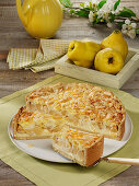 Quince cheesecake with almond crust