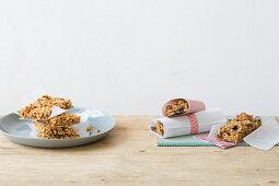 Light gluten free muesli barre and energy muesli barre