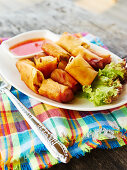 Spring rolls filled with glass noodles and vegetables