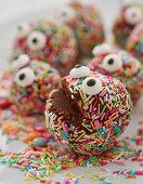 Rumkugel-Monster zu Halloween