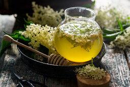 Elderflower Oxymel a remedy for sore throats